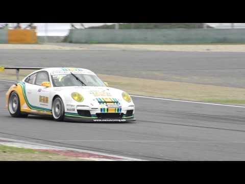 2013 Porsche Carrera Cup Asia Champion Earl Bamber