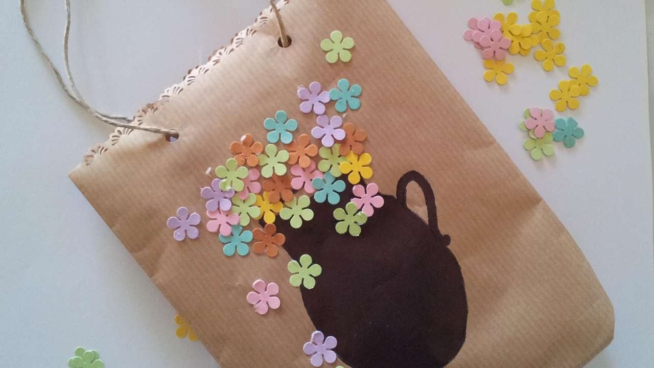 Download How To Decorate A Simple Bag - DIY Crafts Tutorial - Guidecentral
