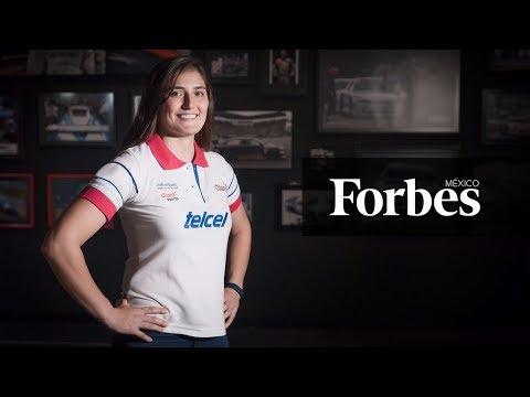 Tatiana Calderón, la piloto colombiana de F1