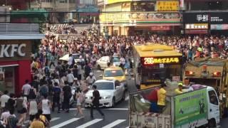 人多すぎて地面が見えない!「カビゴンいるぞ~」の合図で人沸き過ぎる台湾のポケモンGO事情
