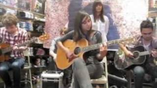 Fighting For Nothing - Meg & Dia LIVE @ Santa Anita Mall (5/8/09) (Dia Frampton Before The Voice)