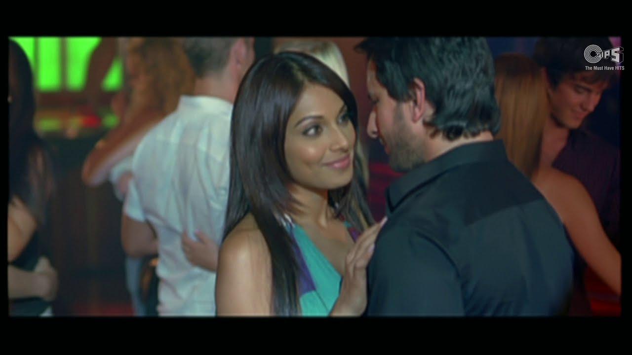 Pehli Nazar Mein - Video Song  Race  Saif Ali Khan -8861
