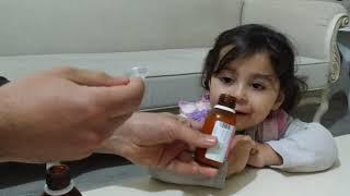 Ayşe Ebrar Hasta Oldu Doktor Çilekli ve Portakallı Şurup Verdi Ebrar Şurupları İçmemek İçin Ağladı