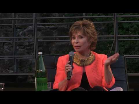 Intervista a Isabel Allende - Teatro romano di Catania 3 giugno 2017 -
