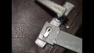 Как быстро взломать замок(Подробнее читайте на сайте http://interesnie-fakti.net/, 2013-03-11T13:25:34.000Z)