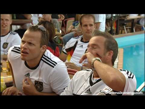 Muchos alemanes de visita en el archipielago vieron el for Videos fuera de youtube