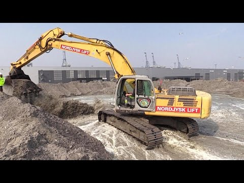 Land Reclamation With New Holland E385B Excavator And Cat D8T Dozer