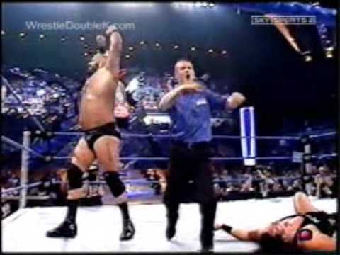 WWE - Smackdown! - Rey Mysterio Vs The Undertaker VS John ...