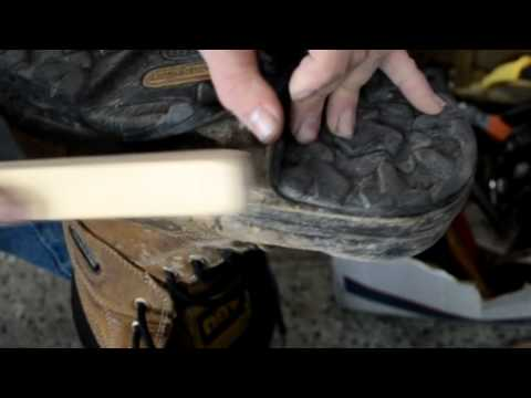 Shoe repair: workboot glue using Barge Cement