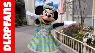 Minnie Mouse is looking swell today at Disneyland Paris