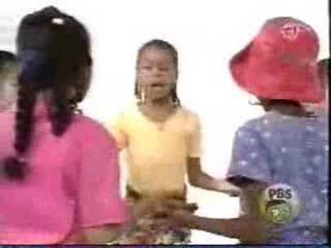 Sesame Street - Girls play a clapping game