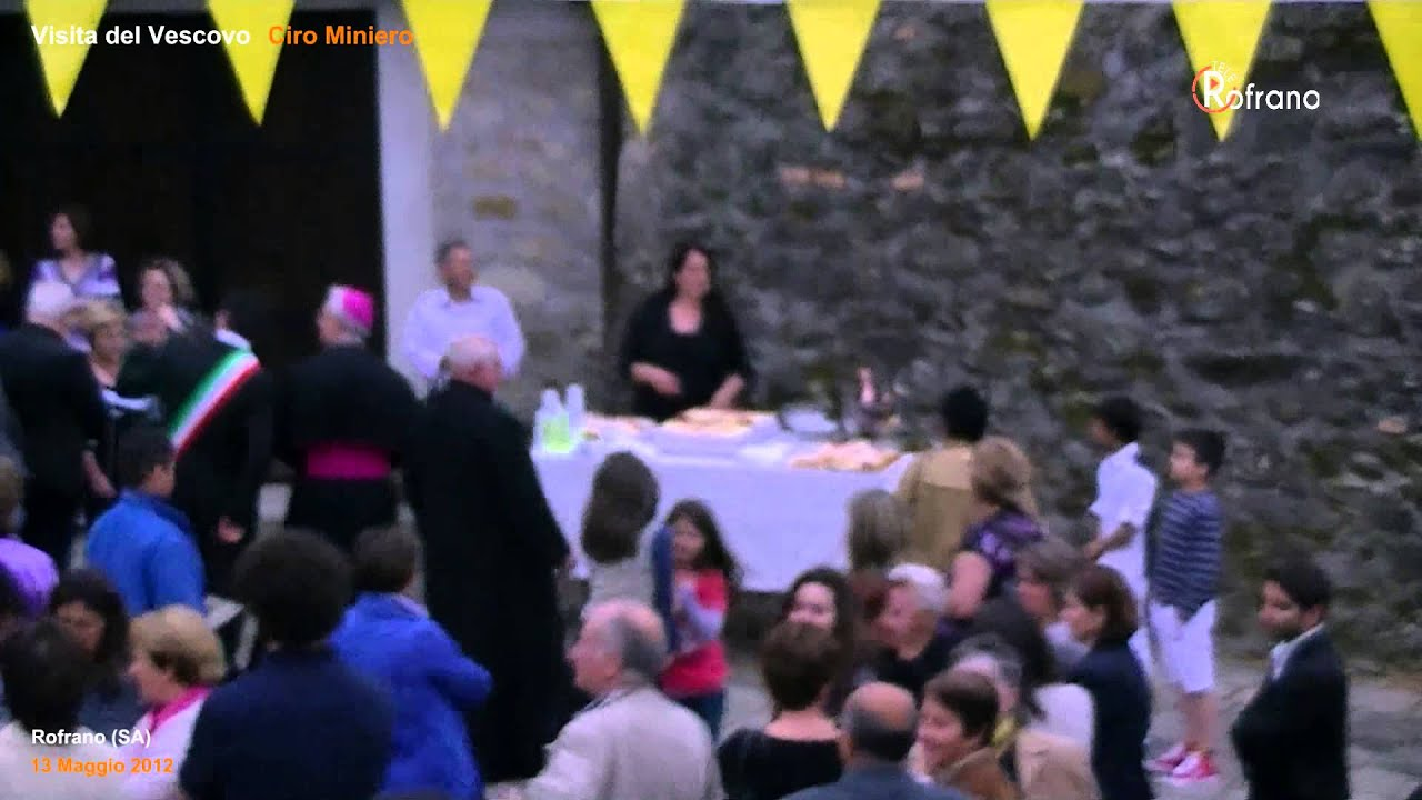 visita del vescovo 2012 dopo la messa
