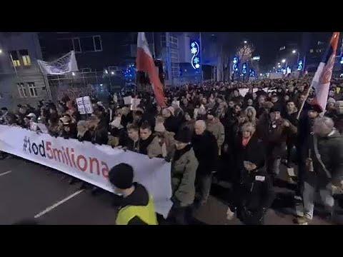 Protestos em Belgrado contra o Presidente Aleksandar Vucic