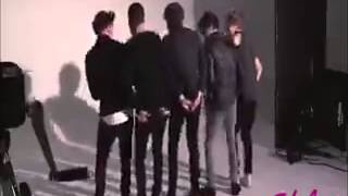 Gambar cover One Direction tancuvat Gangnam Style Clip2Mp3 org