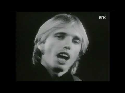 Interview with Tom Petty on Norwegian television 1989