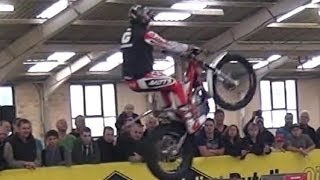 Trials & Enduro Motorcycle Stunt Show-Slow Motion-Part 3 Steve Colley - Alexz Wigg