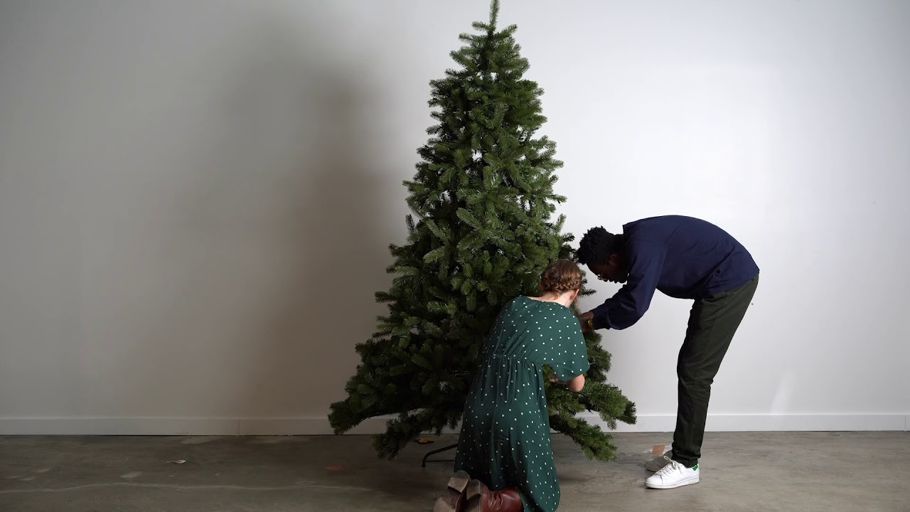 Best Artificial Christmas Tree 2020 Reviews By Wirecutter