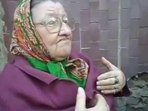 Анекдот про Наташу Ростову, мать ее и бал.