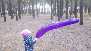 Приколы с надувными шариками | Запускаем шарики в небо | Трюки с шариками!!!