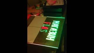 Светящиеся маркеры на доске www.paneli-svetovie.ru(мигающие таблички, неоновые мелки, мерцающая реклама, Флуоресцентные информационные доски для письма неон..., 2011-12-13T07:52:03.000Z)