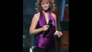 Watch Reba McEntire Moving Oleta video