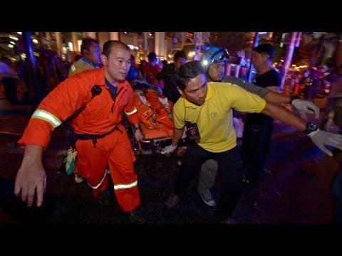 Bomb blast rocks central Bangkok