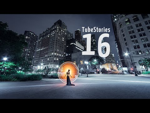 A beautiful light-painting night in Manhattan - Tube Stories 16