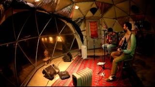Valis - Fish Cannot Carry Guns featuring Matt Strachan (live, unplugged)