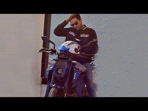 Yuvraj Singh Unveiled YouWeCan KTM X 12 Of Autologue Design At India Bike Week 2015
