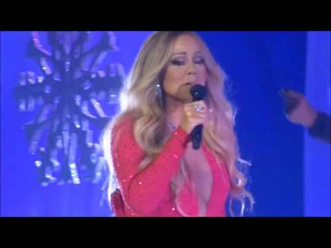 Mariah Carey New Whistle note E7 in emotions live 17th December 2017!! (vocal Break)