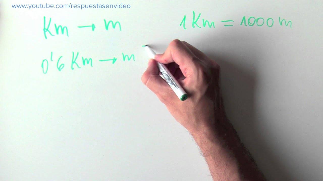 """Tan sólo tienes que indicar la cantidad de metros que quieres convertir en la herramienta de la parte superior y dar al botón de """"convertir"""". Así de fácil es saber la equivalencia de metros a hectómetros."""