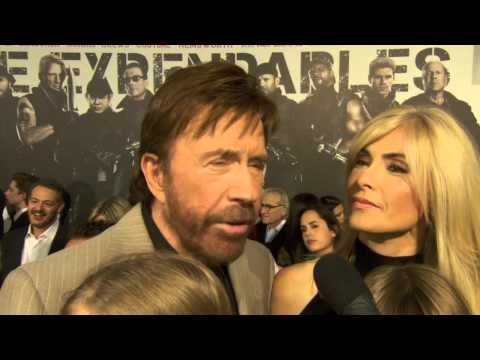 Chuck Norris at The Expendables 2 Premiere! [HD]