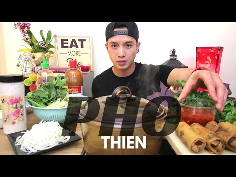 [mukbang/cookbang with THIEN]: PHO & Vietnamese Eggrolls