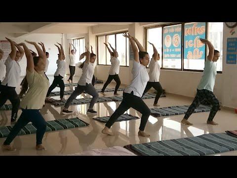 yoga-aerobics-for-upper-body-fat-burning-burn-950-calories