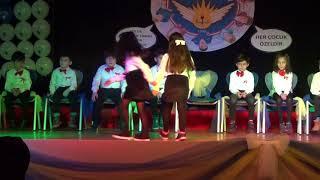 Özel Ortadoğu Koleji Okuma Bayramı 2018 1/D Sınıfı Müzikal Drama Gösterisi