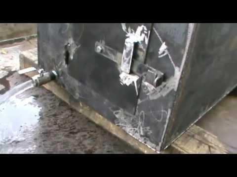 видео: Печь для бани с баком для воды своими руками
