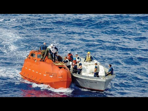 Captain Phillips REAL Lifeboat!!! (Captain Phillips)