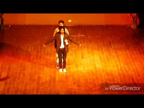 EK CHATUR NAAR Popping Bollywood mix dance cover by akki tomar with group performance..