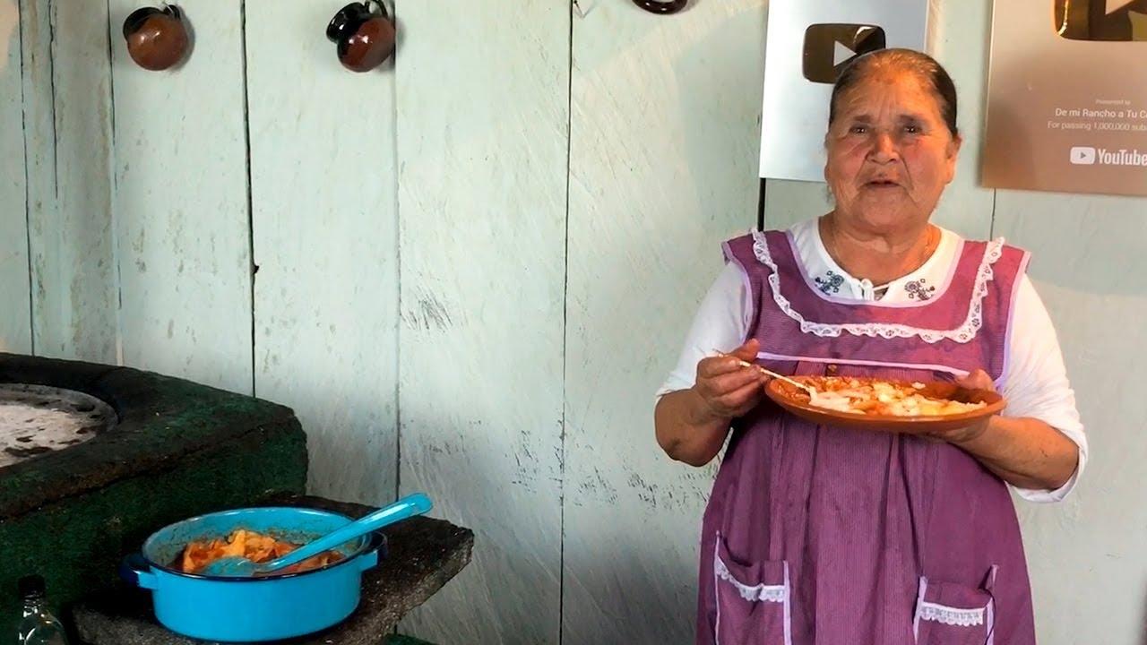 Chilaquiles Rojos De Mi Rancho A Tu Cocina Youtube