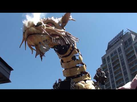 [LA MACHINE OTTAWA 2017] Up close and personal with Long Ma the Horse Dragon