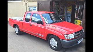 2004 TOYOTA HILUX PICKUP TRUCK REVIEW