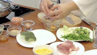 Свинина с креветками на сковороде Вок от iCook