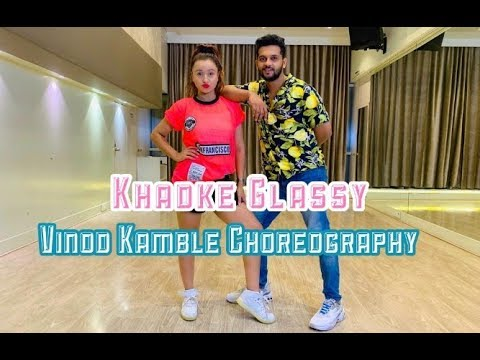 Khadke Glassy - Jabariya Jodi | Yo Yo Honey Singh |Sidharth M, Parineeti |