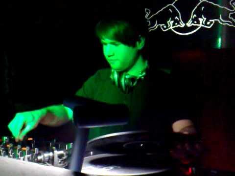 Manuel Tur - Live @ Very Nice (Podgorica-Montenegro)-05.02.2010.