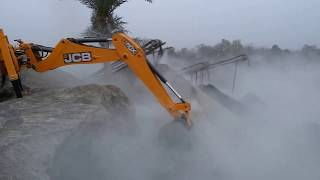 New Jcb 3dx Xtra Eco Xcellence Backhoe Works in Crusher.