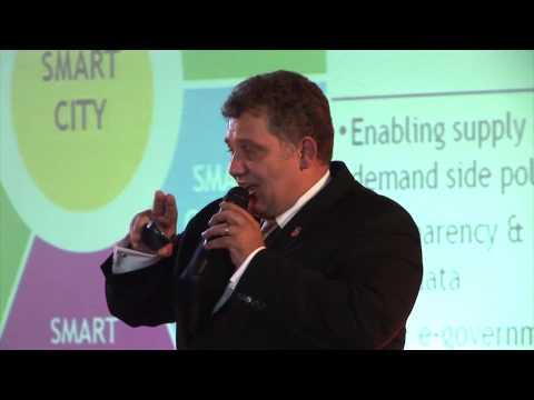 Smart Cities | Christian Macedonschi | TEDxBrașov