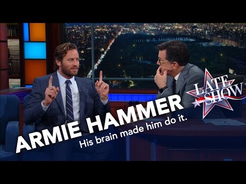 Armie Hammer Ate NYC Street Meat, And Lived To Eat Another Day en streaming