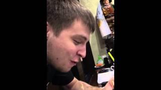Молдаван-кочевник жадно жрет )))смотреть всем !!!!