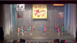 Образцовый коллектив эстрадного танца ' ЛАНЦЕ', танец 'Скакалочки'. Соло исполняет Лаптева Татьяна.