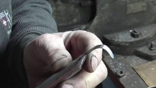 Как изготовить  токарный  резец  для внутреннего точения.